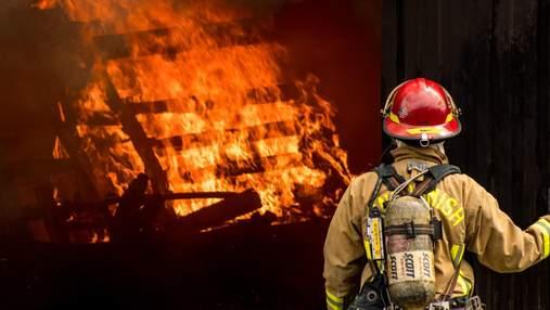 """""""Полоска жизни"""": как пожарным узнать, выдержит ли их снаряжение силу огня"""