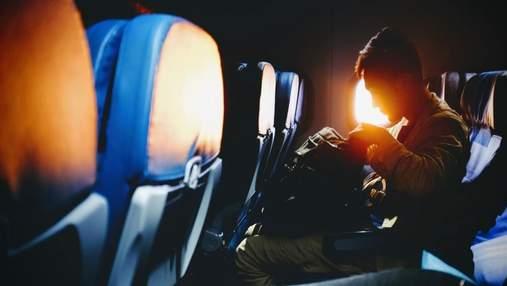 У США на борту літака спалахнув телефон пасажира