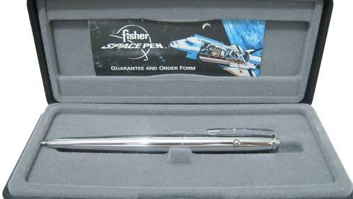 Чи дійсно NASA витратило мільйони доларів на розробку ручки, яка пише в космосі