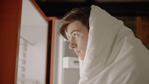 Чому у холодильнику є світло, а в морозилці – ні