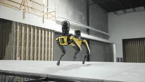 Охорона майбутнього: прокачені робособаки від Boston Dynamics патрулюватимуть дата-центри
