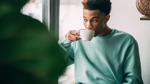 Чому чашка кави іноді робить нас більш сонними