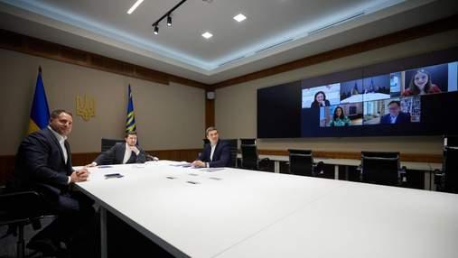 Зеленський запропонував Facebook відкрити офіс в Україні