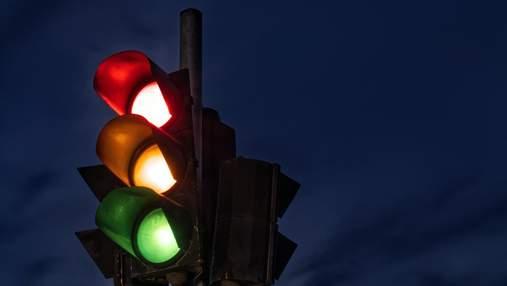 Искусственный интеллект Google научили управлять светофорами: для чего это компании