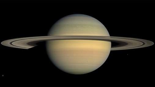 Чому Сатурн має такий нахил осі обертання: відповідь вчених