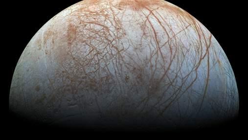 """""""Хаббл"""" подтвердил наличие водяного пара в атмосфере Европы"""