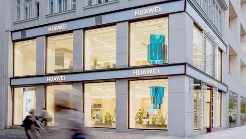 Huawei відкрила величезний п'ятиповерховий магазин у центрі Відня: фото