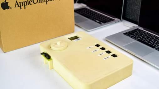 В сети появились фото раннего прототипа первого плеера Apple iPod